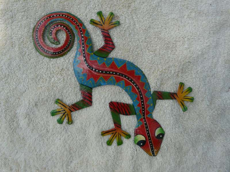 Lizard with Red Face and Red Spiky Design