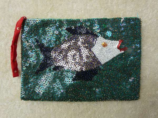 Purse: Red-Lipped Fish