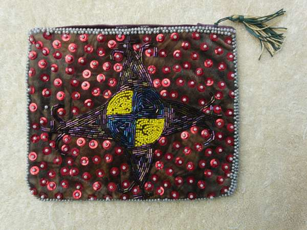 Purse: Pointy Star with Yellow and Blue Center